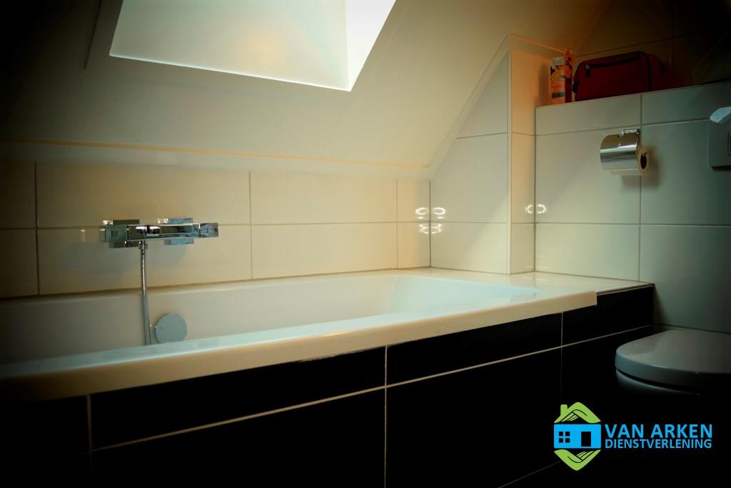 Gerenoveerde Badkamer Putten - Ontzorgen Bij Ontruimen - 02
